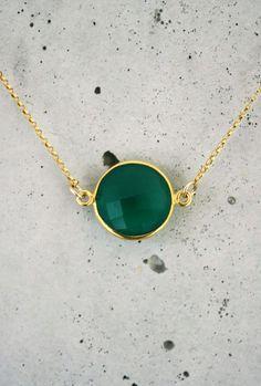 emerald green onyx bezel
