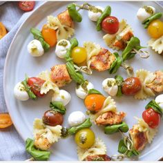 Fougas with scrapes - Clean Eating Snacks Easy Salad Recipes, Appetizer Recipes, Healthy Recipes, Appetizers For Kids, Christmas Appetizers, Pasta Salad Italian, Snacks Für Party, Easy Cooking, Original Recipe
