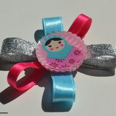 Barrette poupée russe rose. barrette petite fille originale. accessoire cheveux petite fille cérémonie. accessoire cheveux