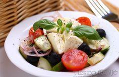 Kevert saláta mozzarellával - Recept - Tesco Főzni jó