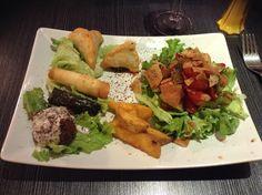 Assiette végétarienne et libanaise au Jazzique à Lille Falafels, Restaurant, C'est Bon, Lille France, Tacos, Veggies, Mexican, Meat, Chicken