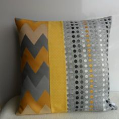 Housse coussin jaune pour l\' été, rectangulaire | Yellow | Pinterest ...