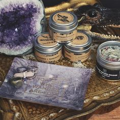 Altars everywhere! Adding crystals and incense to your small spaces is a great way to infuse magic throughout your lair ★