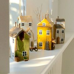 Home Crafts, Diy And Crafts, Small Wooden House, Saltbox Houses, Ceramic Houses, Wooden Houses, Driftwood Crafts, Timber House, Wood Stone