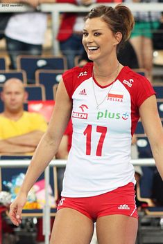 Kasia Skowrońska - 2012 World Grand Prix Female Volleyball Players, Coaching Volleyball, Women Volleyball, Tennis Players, Volleyball Drills, Volleyball Quotes, Girls Basketball, Girls Softball, Softball Players