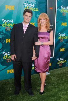 Levi Johnston y Katthy Griffin en Los Ángeles en 2009 - Las 19 parejas más…