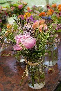 How to plan a wedding for less than £ 3000 - inexpensive wedding ideas . - How To Plan A Wedding For Less Than £ 3000 – Inexpensive Wedding Ideas And Tips You & Y … - Wedding Themes, Wedding Tips, Wedding Planning, Wedding Ceremony, Budget Wedding Decorations, Jam Jar Wedding, Wedding Cards, Budget Wedding Dress, Wedding Photos