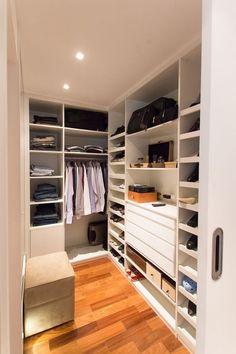 closet pequeno masculino