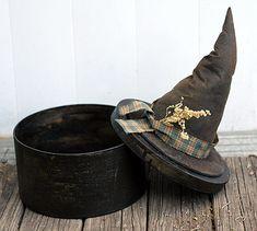 Primitive witch hat box