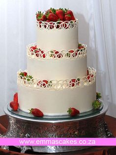 White chocolate lace collar - Wedding cake by Cape Town Guy, via Flickr