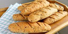 Akik egy ideje követik a blogomat, tudják, hogy nem rajongok a boltban vagy hazai pékségben kapható péksütikért és pékárukért. Ha valami véletlenül ehető és jó minőségű, az azonnal tripla annyiba kerül, mert ez egy ilyen ország. Akárhol jártam eddig a világban, a legutolsó kisboltban is finom volt a… Bakery, Bread, Blog, Brot, Blogging, Baking, Breads, Buns, Bakery Business