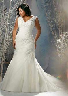 Lovely dress for full figure