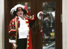 A ceremonial town crier announces the birth of a baby girl to royal fans and members of the media outside the entrance to the Lindo wing of St Mary's Hospital in London, Britain May 2 , REUTERS/Neil Hall Royal Princess, Princess Charlotte, Prince William And Kate, William Kate, Duke And Duchess, Duchess Of Cambridge, Kate Middleton Parents, Today In Pictures, Baby Prince