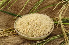 AS PROPRIEDADES DO ARROZ INTEGRAL.     O arroz integral deveria ser adicionado em qualquer dieta, devido ao seu baixo IG e altas quantidades de benefícios à saúde.
