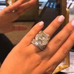 Huge Engagement Rings, Big Wedding Rings, Beautiful Wedding Rings, Wedding Jewelry, Cute Jewelry, Body Jewelry, Jewelry Accessories, Jewelry Design, Jewellery