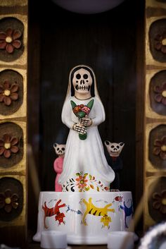 Day of the Dead, pet altar by amircheff, via Flickr