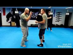 "ULTIMATE KRAV MAGA- elbow from "" talking hands"" - YouTube"
