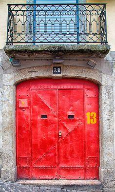 And sticking with Portugal for the moment - here's another colourful door from the Bairro Alto distict of Lisbon Cool Doors, Unique Doors, Portal, Entrance Doors, Doorway, Door Knockers, Door Knobs, When One Door Closes, Door Gate