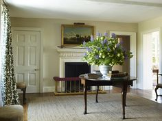 Simple, classic- love this English cottage style room