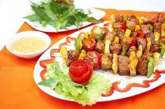 Cách làm Salad thịt nướng đơn giản tại nhà   Món ngon mỗi ngày Avocado Toast, Cobb Salad, Meals, Breakfast, Food, Design, Morning Coffee, Meal, Essen