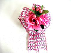 Make your mother feel really special with this pretty all pink bow on her gift! This bow is not just limited to Mothers day but can be used for