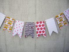 school theme garland, back to school garland, mini pennants banner, classroom banner, classroom decoration, photo prop