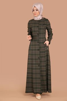 P.D. - Seyyar Kapşonlu Pardesü PD8133 Ekose Haki Modern Hijab Fashion, Hijab Fashion Inspiration, Abaya Fashion, Fashion Outfits, Hijab Style Dress, Hijab Outfit, Abaya Designs, Mode Hijab, Muslim Women