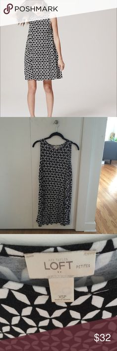 🚨FINAL SALE🚨 Ann Taylor Loft swing dress Black and white geometric patterned dress. Short length but in a swing style so it is very flattering for all body types. Petite size fits perfectly for shorter girls! LOFT Dresses Mini