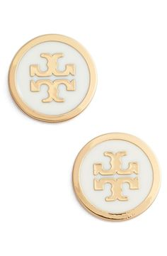 Obsessing over these enamel-glossed stud earrings detailed with a gold Tory Burch logo.