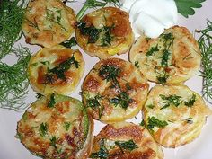 Zucchini in garlic batter / Culinary Universe Vegetable Casserole, Vegetable Dishes, Vegetable Recipes, Vegetarian Recipes, Healthy Recipes, Hungarian Recipes, Russian Recipes, My Recipes, Cooking Recipes