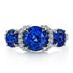 Blue sapphire and diamond ring: Omi Prive