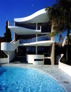 + Arquitetura :     Projeto da Harry Seidler & Associates, localizado em Sydney (Australia).