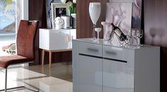 Biała komoda połysk #nowoczesnemeble #mebledosalonu #meble #minimalistycznemeble #mebleniemieckie #dom #aranzacjedom #aranzacje