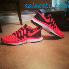 I need a good running shoe and I have an intense desire for a pair of sweeet nike kicks!