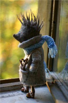onehandmadelife: felt hedgehog
