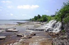 Days Out Ontario | Take a Hike to Whippoorwill Bay, Lion's Head, Ontario