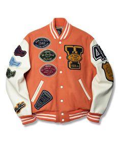 Letterman Jacket Outfit, Vans Jacket, Varsity Letterman Jackets, Baseball Jackets, Dope Outfits For Guys, Swag Outfits Men, Streetwear Jackets, Cool Jackets, Jacket Style
