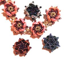 Instructions and classes for innovative designs using crystals and glass beads. - Home