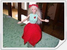 Le défilé des créations -stylistes : Barbie-fleur - Pipiouland.eklablog.com