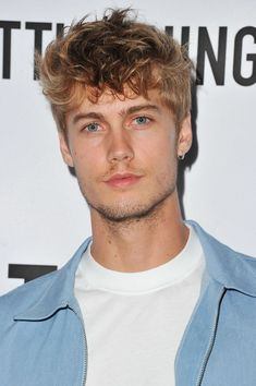 "Neels Visser attends ""Secret Party"" Launch Celebrating Cover Star Cameron Dallas hosted by TINGS at Nightingale on August 2017 in West Hollywood, California. Get premium, high resolution news photos at Getty Images Cute Guy Haircuts, Haircuts For Men, Beautiful Men Faces, Beautiful Boys, Boy Models, Male Models, Neels Visser, Secret Party, Blue Eyed Men"