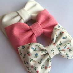 Accessory hair bow clip girl hair bow hair clip hair accessory girl bow gift for her from Seaside Sparrow Bows. Fabric Hair Bows, Diy Hair Bows, Diy Bow, Bow Hair Clips, Bow Clip, Diy Baby Headbands, Diy Headband, Baby Bows, Toddler Hair Bows