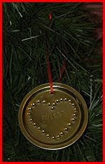 Crafty Chic: Homemade Christmas Ornaments