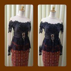 Kebaya sabrina hitam peplum. Kebaya Sabrina, Kebaya Dress, Get Dressed, Lace Dress, Peplum, Graduation, Maternity, Style Inspiration, Traditional