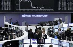 البورصات الأوروبية تنهي تعاملاتها على تراجع - أغلقت مؤشرات الأسهم الأوروبية بنهاية تعاملات جلسة اليوم على تراجع وهبط مؤشر فوتسي البريطاني بنسبة 0.38% ليصل لمستوى 7243.7 نقطة فاقدا نحو 27.67 نقطة وفقا لوكالة الأنباء السعودية واس. وانخفض مؤشر داكس الألماني بنسبة 1.2% تعادل 143.8 نقطة لمستوى 11804.03 نقطة وانخفض مؤشر كاك الفرنسي بنسبة 0.94% ليصل لمستوى 4845.24 نقطة خاسرا نحو 46 نقطة. وفي السويد تراجع مؤشر أو إم إكس ستوكهولم 30 بنسبة 1.16% فيما هبط مؤشر ستوكس 600 بنسبة 0.76% ليصل لمستوى 370…