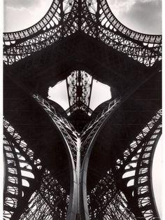 Eiffel Tower Alfred Eisenstaedt - Life