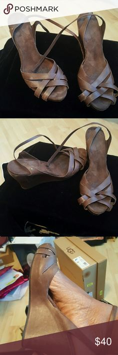 Shoes Amazingly comfortable Strappy Wedge Hill Wrapped Around Ankle Sandal can be worn year round UGG Shoes Wedges