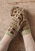 The Hedgehog Mittens - I really need to learn how to do colorwork. Love these mittens!