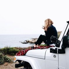 dream cars Here are a few things that every Jeep girl knows to be true. This is for all the Jeep girls out there. Jeep life is a way of life. North Wales, Adventure Awaits, Adventure Travel, Adventure Photos, Adventure Jeep, Beach Adventure, Adventure Holiday, Nature Adventure, Jeep Life