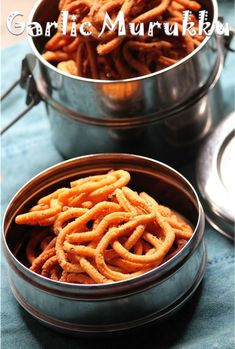 In nagercoil there is a small shop near my house, where they sell lots of fried stuffs like thenkuzhal, achu murukku, mullu murukku, kai. Diwali Special Recipes, Diwali Recipes, Diwali Snacks, Diwali Food, Indian Snacks, Indian Food Recipes, Ethnic Recipes, Cooking Time, Cooking Recipes