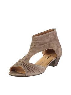 superior quality 2bd5d ab7aa 16+ Marvelous Shoe Closet Ideas